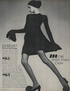 de_Villeneuve_US_Vogue_April_15th_1970_02.thumb.jpg.aaf3af395c383284f288d0e57e674176.jpg