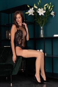 kornelie-20-den-nude.thumb.jpg.250189898cb0b896d1a4cf04d730f4e4.jpg