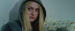 lovely-dakota-the-escape-trailer-screen-capture-001.thumb.jpg.6475a60ad151907c3fccda21e50d4823.jpg