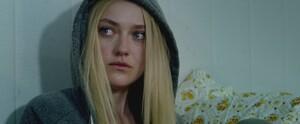 lovely-dakota-the-escape-trailer-screen-capture-002.thumb.jpg.0468f35897b3d40fde563f73230aadcb.jpg