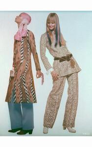 mouche-ann-turkel-composite-film-vogue-jan-1970-c2a9-gianni-penati.thumb.jpg.7b31a7d8a06c2131be7b4ececa595872.jpg