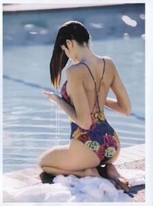 1424253296_Floral_Elgort_US_Vogue_May1989_05.thumb.jpg.6d29606b226969a3e2b7128e6b478136.jpg