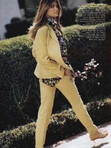 2130566450_Floral_Elgort_US_Vogue_May1989_12.thumb.jpg.ec9cb2ed43381a059666d8570a611b5c.jpg