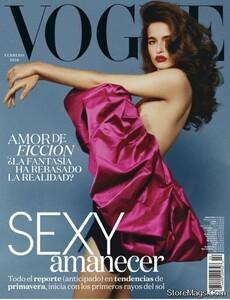 Vogue Latin America 218.jpg