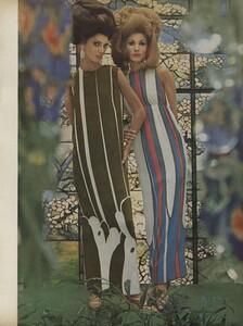 Art_Parks_US_Vogue_March_1st_1965_02.thumb.jpg.976c5ca1437fafa65bf308620383b034.jpg