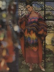 Art_Parks_US_Vogue_March_1st_1965_05.thumb.jpg.6a9f02084b908d3f2ce0041146c980b5.jpg