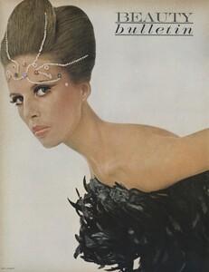 Beauty_US_Vogue_October_1st_1965_03.thumb.jpg.7512d1038cfdd0663ef74948e25a633a.jpg