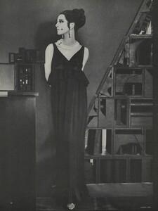 Brillant_Parks_US_Vogue_March_1st_1965_11.thumb.jpg.8567554f0083eef2e6340d9fbb46af5c.jpg