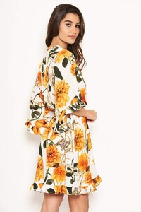 Cream-Floral-Frill-Wrap-Dress-3_c3b5ccc5-e185-472e-b5f3-9a17c106142b_800x.jpg