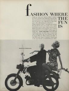 Fashion_Stern_US_Vogue_March_1st_1965_02.thumb.jpg.32dfa25c8bbc12391578656c3c764e23.jpg