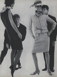 Fashion_Stern_US_Vogue_March_1st_1965_06.thumb.jpg.a85443fb6470070f263d550dfc933ba0.jpg