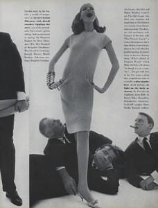 Fashion_Stern_US_Vogue_March_1st_1965_12.thumb.jpg.c807e37d4d2c75a6b381e274399b160f.jpg