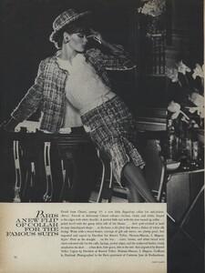 Klein_Clarke_US_Vogue_March_15th_1965_07.thumb.jpg.b754d814dea07f63011e1f4b4b4d629a.jpg