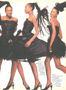 Long_Short_Meisel_US_Vogue_February_1987_04.thumb.jpg.e35c1e5bb35b7cff77bab32908dacc78.jpg