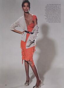 Meisel_US_Vogue_May_2004_05.thumb.jpg.70506903da6309e75499e8a32e4cd54a.jpg