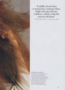 Meisel_US_Vogue_May_2004_10.thumb.jpg.73b803f077bcc8073bce77497889ff54.jpg