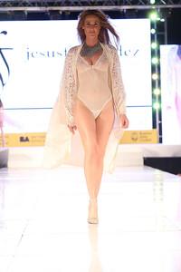 Moda-Look-Desfile-Santa-Fe-y-Callao-Jesus-Fernandez-ss15-1.jpg