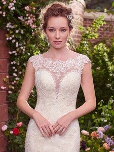 Rebecca-Ingram-Wedding-Dress-Julie-7RS328-Main.jpg