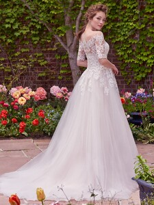 Rebecca-Ingram-Wedding-Dress-Yvonne-7RW344-Back.jpg