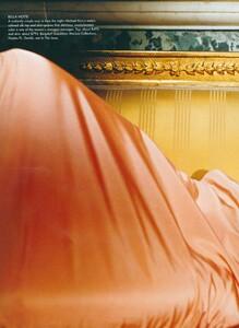 Testino_US_Vogue_December_1998_19.thumb.jpg.5e964189f988b5ae9640232abf784350.jpg