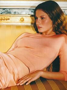 Testino_US_Vogue_December_1998_20.thumb.jpg.2e3f152469dca62c29e863066e09c35a.jpg