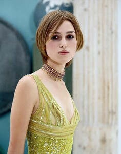 keira-knightley-megapost-1000-pictures-incl-rarfiles-304.jpg