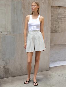 linen-shorts.jpg