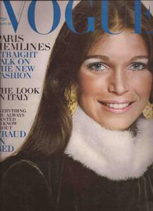 Ann Turkel-Vogue-Eua.JPG