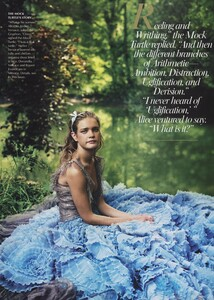 Alice_Leibovitz_US_Vogue_December_2003_22.thumb.jpg.4ea63a7c776987fc9845b9f9ce44c840.jpg