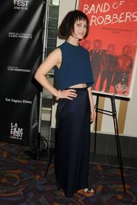 Alison-Sudol_-Band-Of-Robbers-LA-Premiere--02.jpg