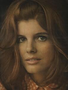 Beauty_US_Vogue_April_1st_1968_07.thumb.jpg.d9d6e88c020206d6e1181bf20848301e.jpg