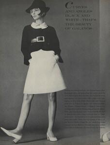 Curves_Waldeck_US_Vogue_April_1st_1968_01.thumb.jpg.651fe615abb81fadb35b437f50933371.jpg