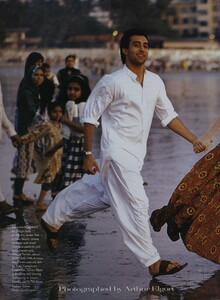 Elgort_US_Vogue_June_1999_02.thumb.jpg.a014fd64492d4a32e06d7ca6c13a9489.jpg