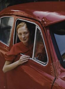 Elgort_US_Vogue_June_1999_04.thumb.jpg.c0b8ca61138fd5b49c44c4c27cae8160.jpg