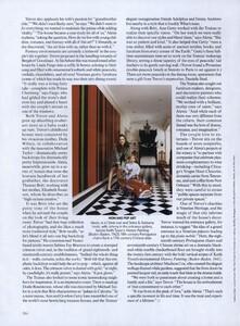 Halard_US_Vogue_December_2009_05.thumb.jpg.028ffea18c9b3420f88d382dc670ee24.jpg