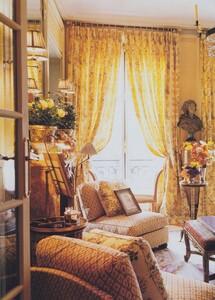 Halard_US_Vogue_June_1996_05.thumb.jpg.cbdee434f27a65a60dc0822a24f13535.jpg