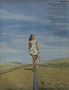 Horst_Rubartelli_US_Vogue_April_1st_1968_19.thumb.jpg.f62f085a2a77436475229363382e1643.jpg