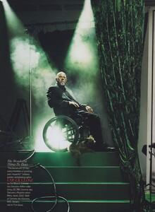 Leibovitz_US_Vogue_December_2005_16.thumb.jpg.cbb18151598040a9e353b42108550c8c.jpg