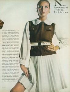 Stern_US_Vogue_January_15th_1969_04.thumb.jpg.46fc25fb753128fbab654ffacb0c535c.jpg