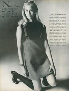 Stern_US_Vogue_January_15th_1969_05.thumb.jpg.918344411bf59814951e9649b588cf4e.jpg