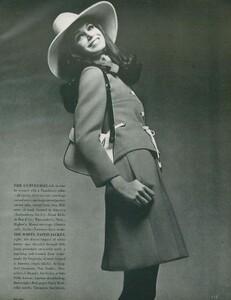 Stern_US_Vogue_January_15th_1969_08.thumb.jpg.8d4916fd02f4db685d53cd69512ded9a.jpg