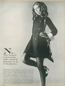Stern_US_Vogue_January_15th_1969_10.thumb.jpg.74873178ec45303c31bbfd90a3f754fe.jpg