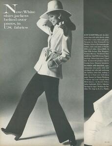 Stern_US_Vogue_January_15th_1969_13.thumb.jpg.466ca1fd5fdf9160145b6ad6ebfc8bfc.jpg