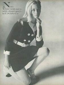 Stern_US_Vogue_January_15th_1969_17.thumb.jpg.2a707b560d8da39c1e2b209834269922.jpg