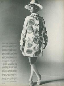 Stern_US_Vogue_January_15th_1969_18.thumb.jpg.44fea06c3b0c475016d7a1bc6d7cb0b9.jpg