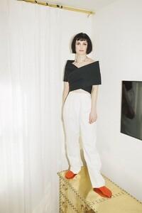 alison-sudol-actress-new-look-photos.jpg