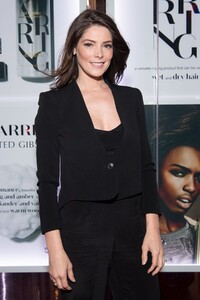 ashley-greene-at-starring-by-ted-gibson-salon-opening-in-la-10.jpg