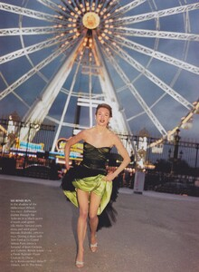 Elgort_US_Vogue_April_2001_14.thumb.jpg.e02498159f3ac6b8dc25a609e4001dd8.jpg