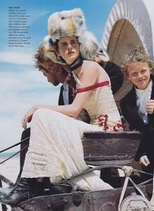 Elgort_US_Vogue_June_2001_03.thumb.jpg.b42f4dea10e627ddb82a766606a6904e.jpg