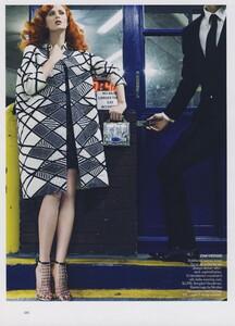 Klein_US_Vogue_March_2009_07.thumb.jpg.d4ea20e185dab3d7f8349dc94773e9a4.jpg
